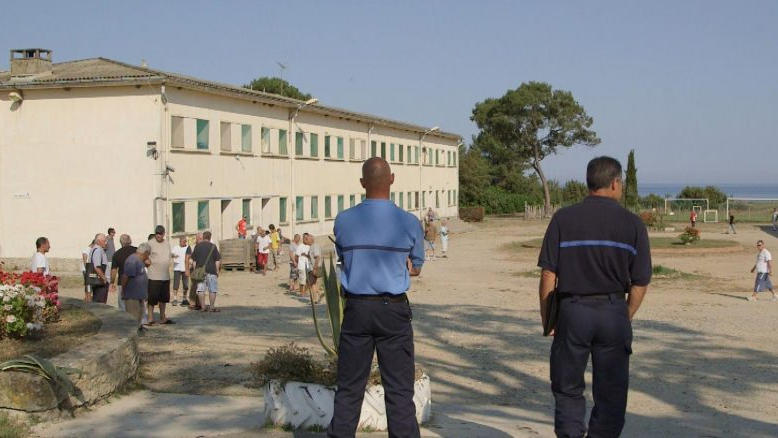 Les prisons sansbarreaux