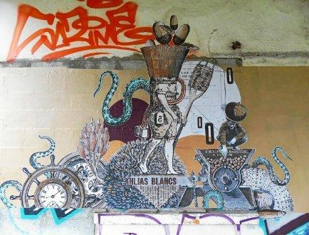Centre pénitentiaire. Une fresque collective au port deLorient